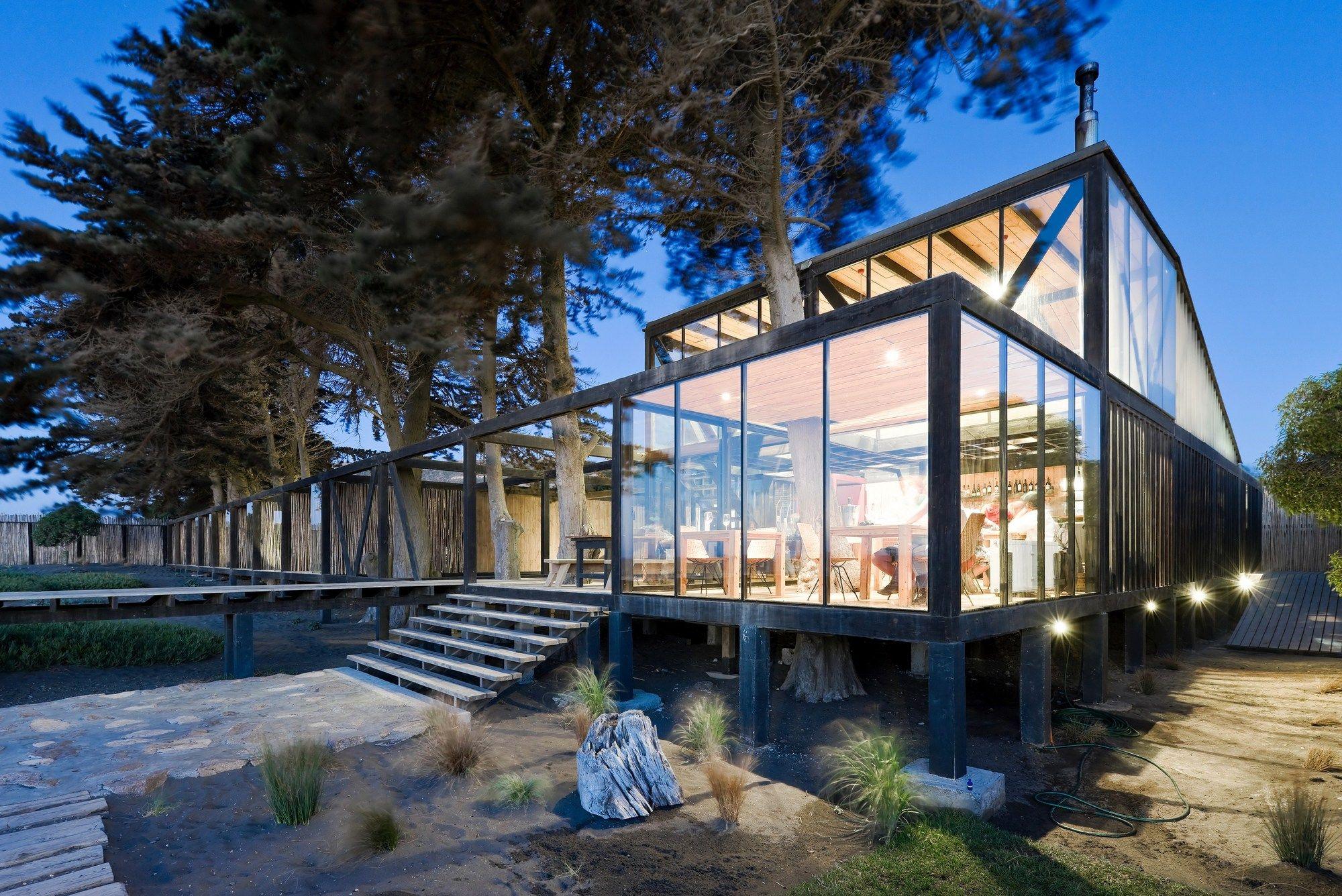 Hotel Surazo / WMR Arquitectos