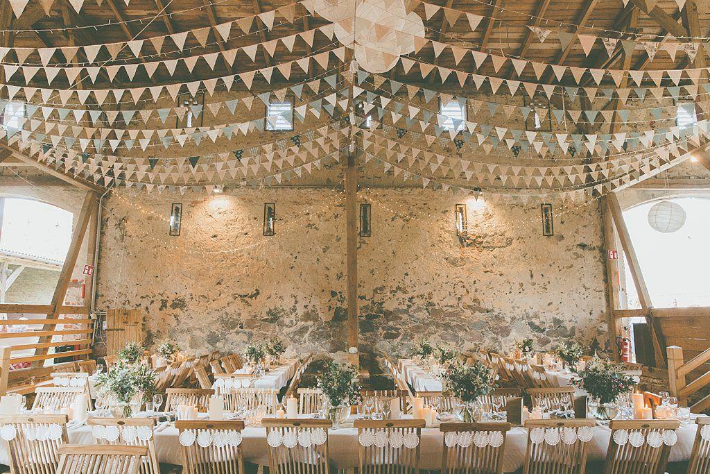 Traumhafte Bohemian Scheunen Hochzeit in Berlin
