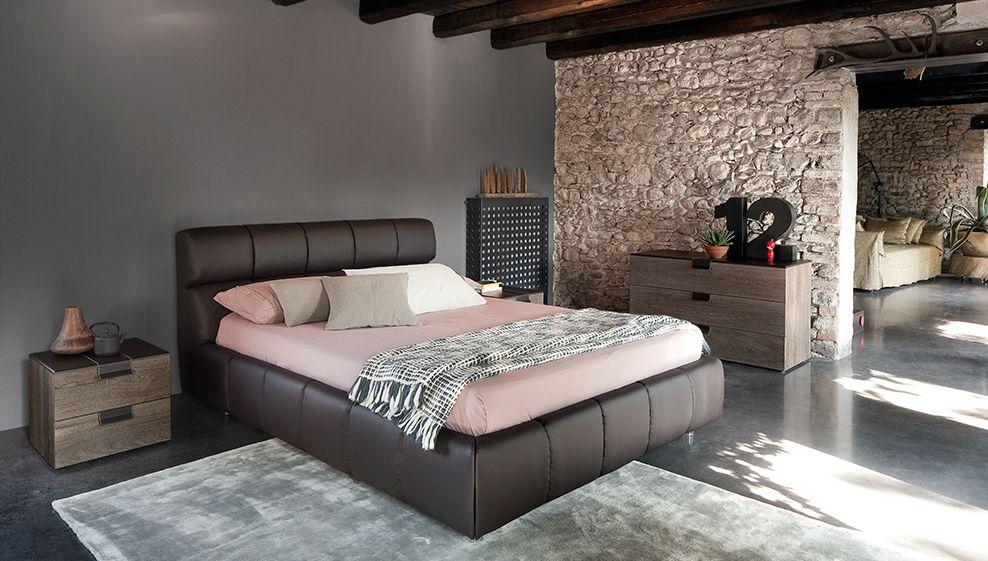 Contemporary platform bed with cushy design,Hardwood frame