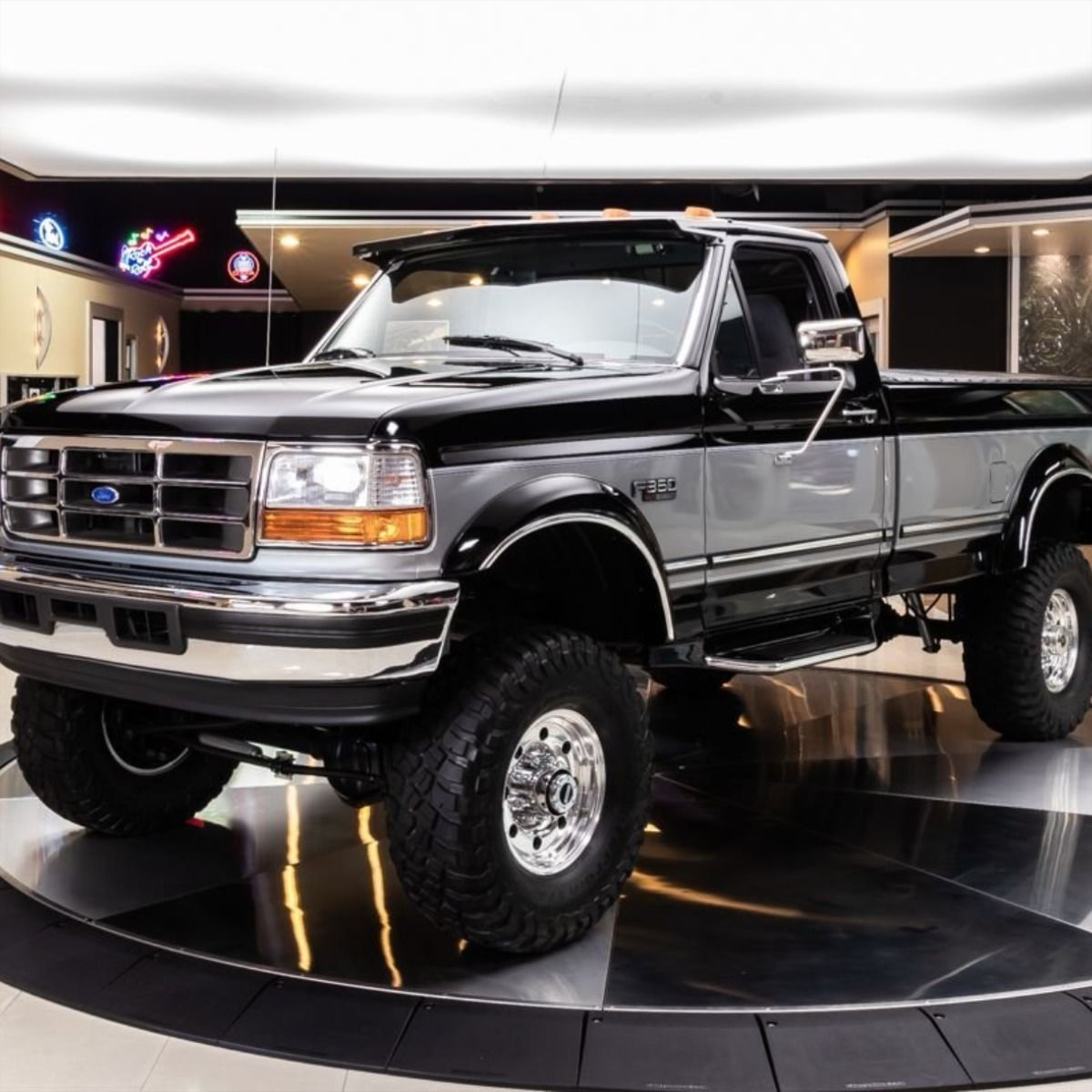1995 Ford F 350 Xlt 4x4 Pickup 59 900 In 2020 Pickups For