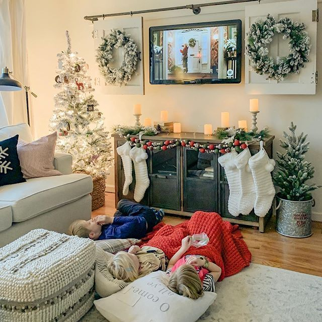 85 Charming Rustic Bedroom Ideas And Designs 4 In 2020: Christmas Decor Finds From Amazon In 2020