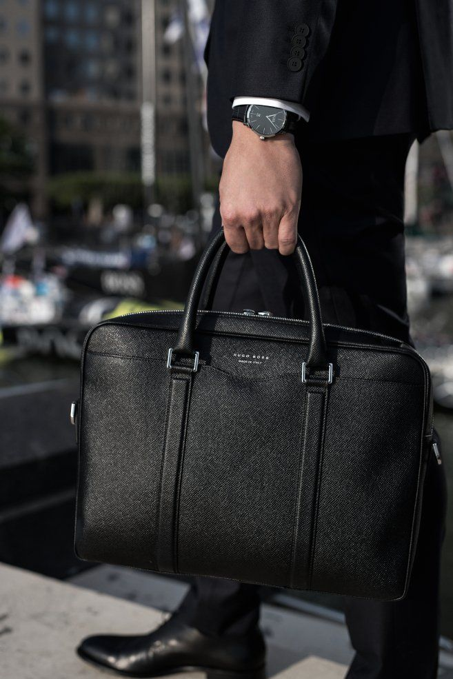the boss signature bag designed for the modern man on the move. Black Bedroom Furniture Sets. Home Design Ideas