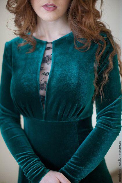 71009b9f6b7555e Купить или заказать Бархатное платье в интернет-магазине на Ярмарке  Мастеров. Вечернее платье-
