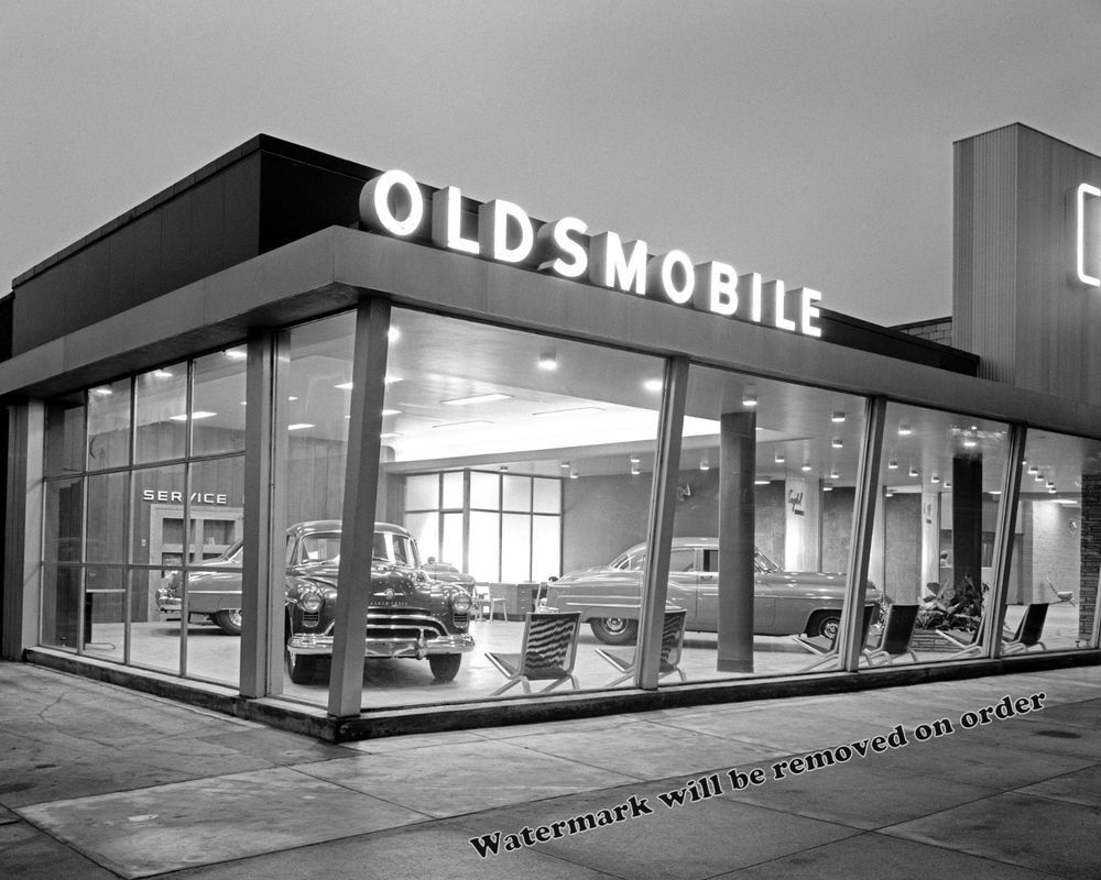 Details about Photograph Crystal Motors Oldsmobile