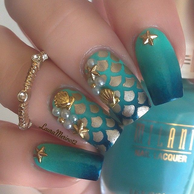 Seafoam and Teal Ombre Mermaid Nails With Gold Seashells. | Nails ...