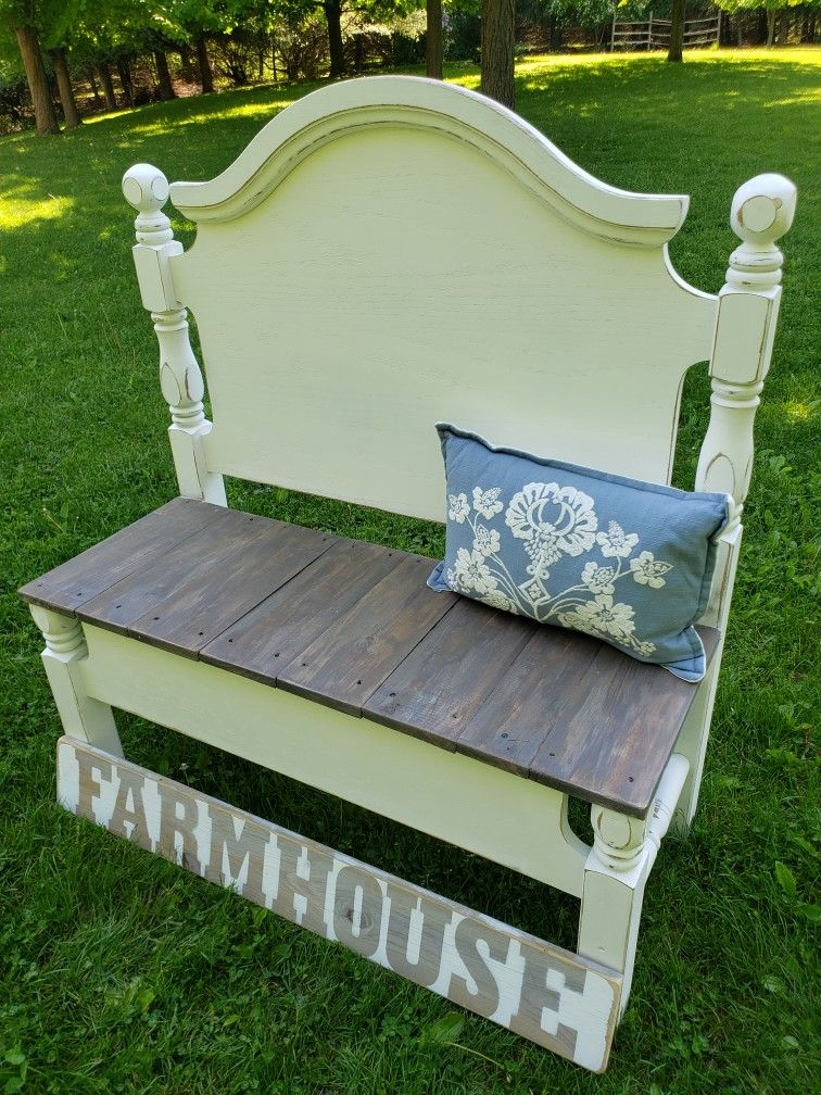 Phenomenal Twin Headboard Repurposed Into A Bench Seat Is Barnwood Caraccident5 Cool Chair Designs And Ideas Caraccident5Info