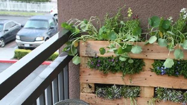 64 Apartment Gardens Balcony , Very Small Gardens Ideas | Small ...