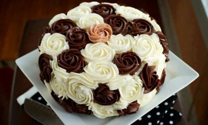 Brown And White Rosette Cake Party Ideas Cake Chocolate Marble