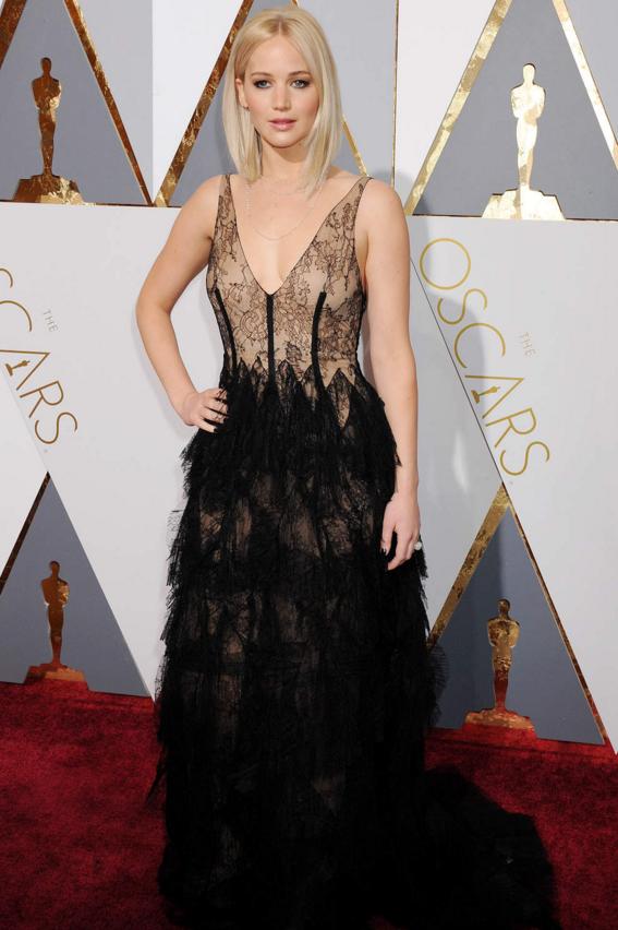 Jennifer Lawrence2   Vestidos oscar, Vestidos legais ...