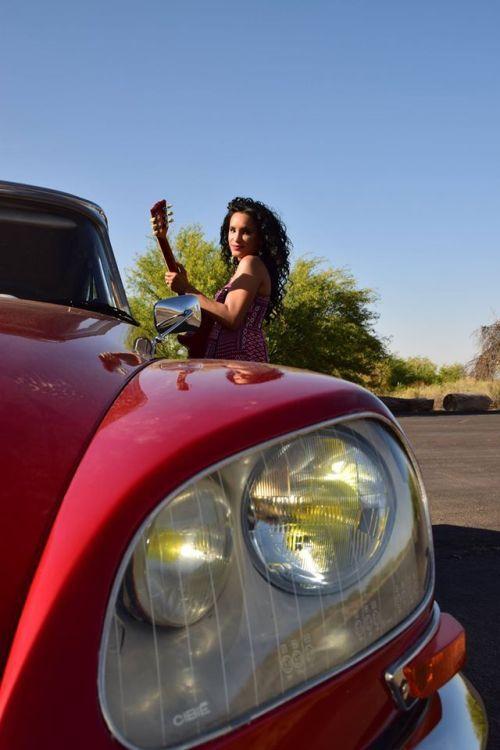 citroen ladies | Car girls, Citroen, Bikes girls