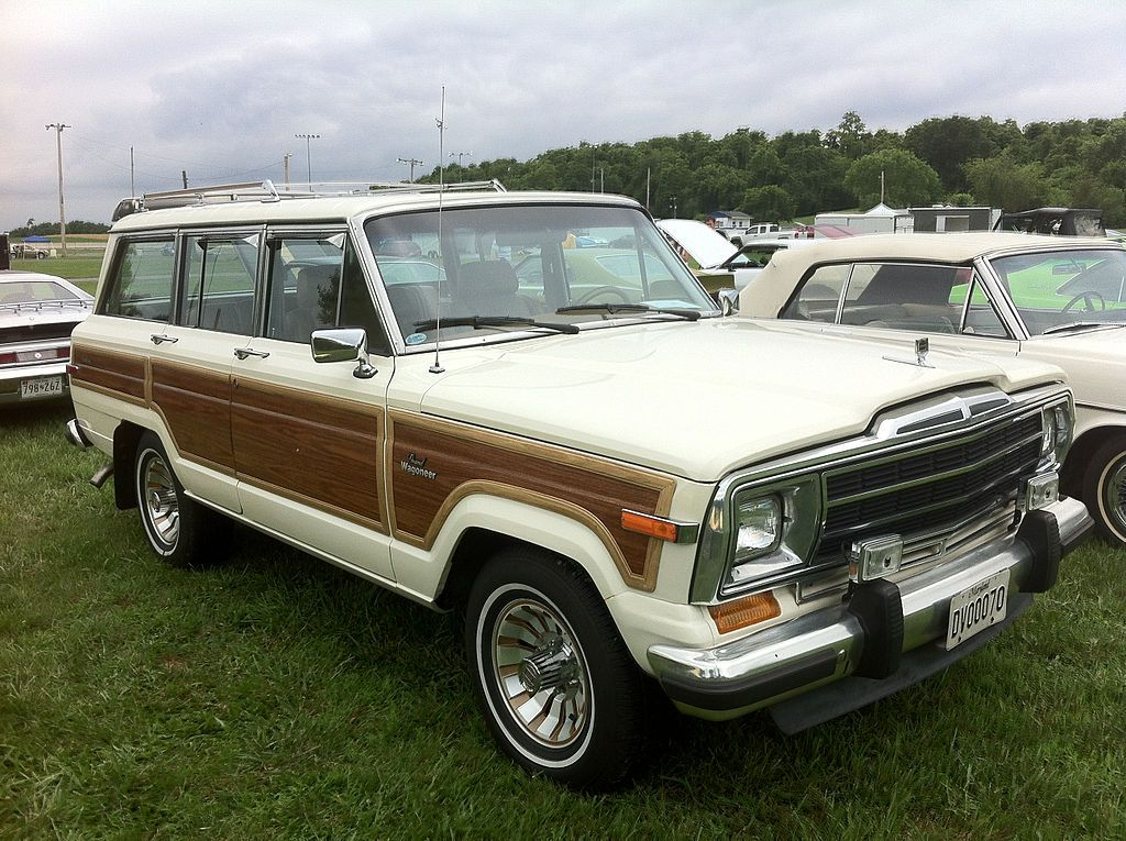 Pin By Monique Batipps On Not Your Average Metal Jeep Wagoneer