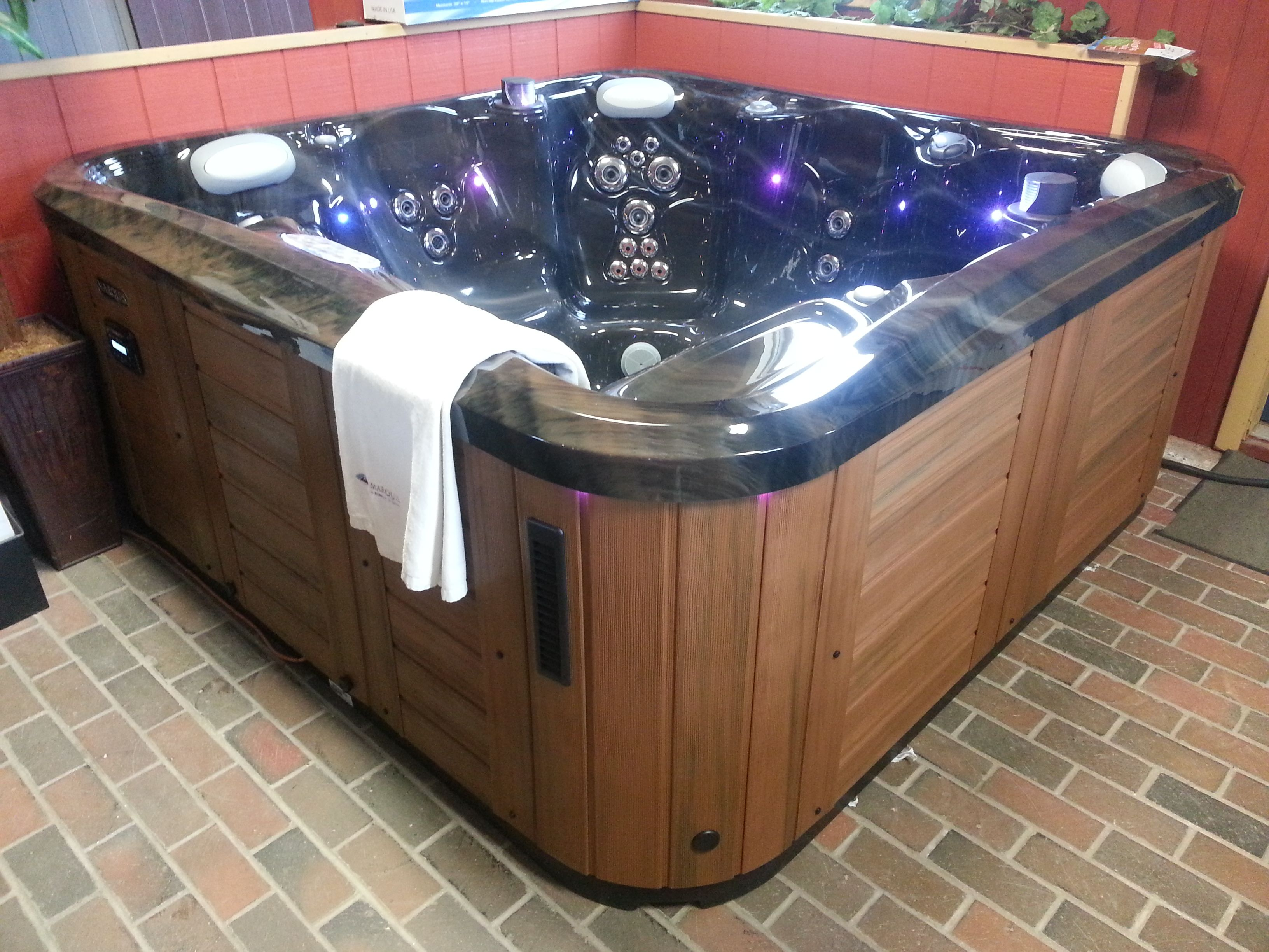 Amazing color bination on this 7 Marquis Reward hot tub just