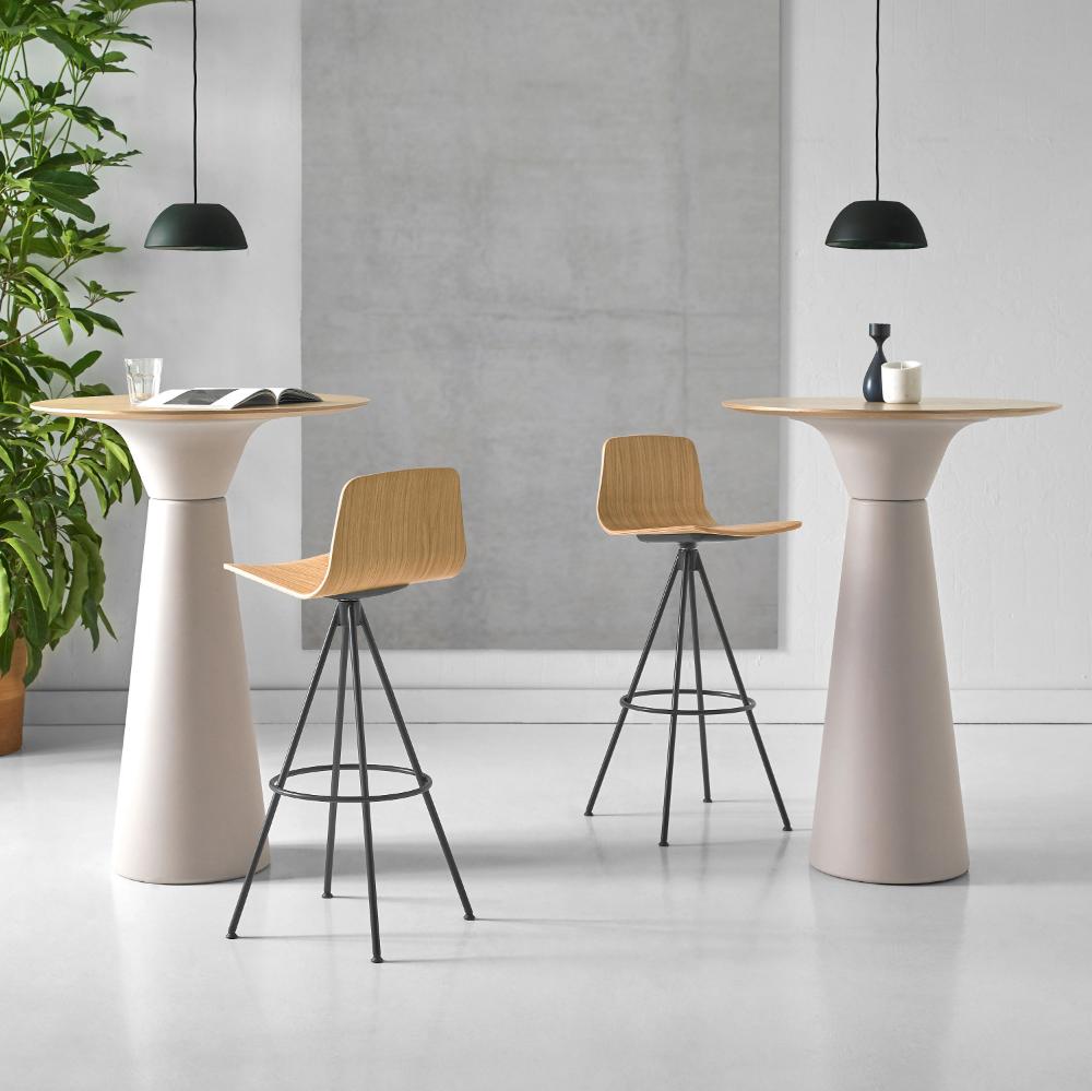 Strange Varya Wood By Simon Pengelly For Inclass Architonic Beatyapartments Chair Design Images Beatyapartmentscom