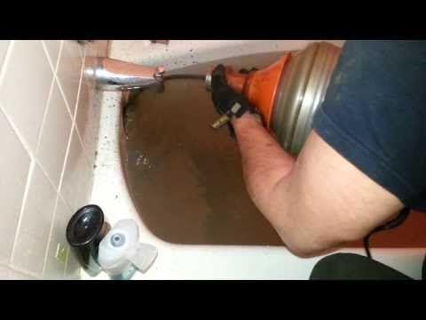 Howto Unclog Bathtub Drain 5 Minutes 718 567 3700 Brooklyn Nophier Plumbing Youtube Unclog Bathtub Drain Bathtub Drain Clogged Drain Bathtub