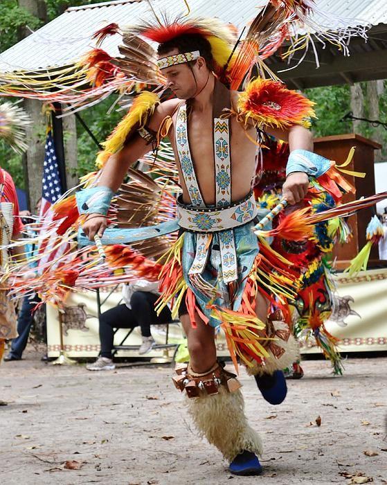native-american-dance--nanticoke-powwow-kim-bemis.jpg (559×700)