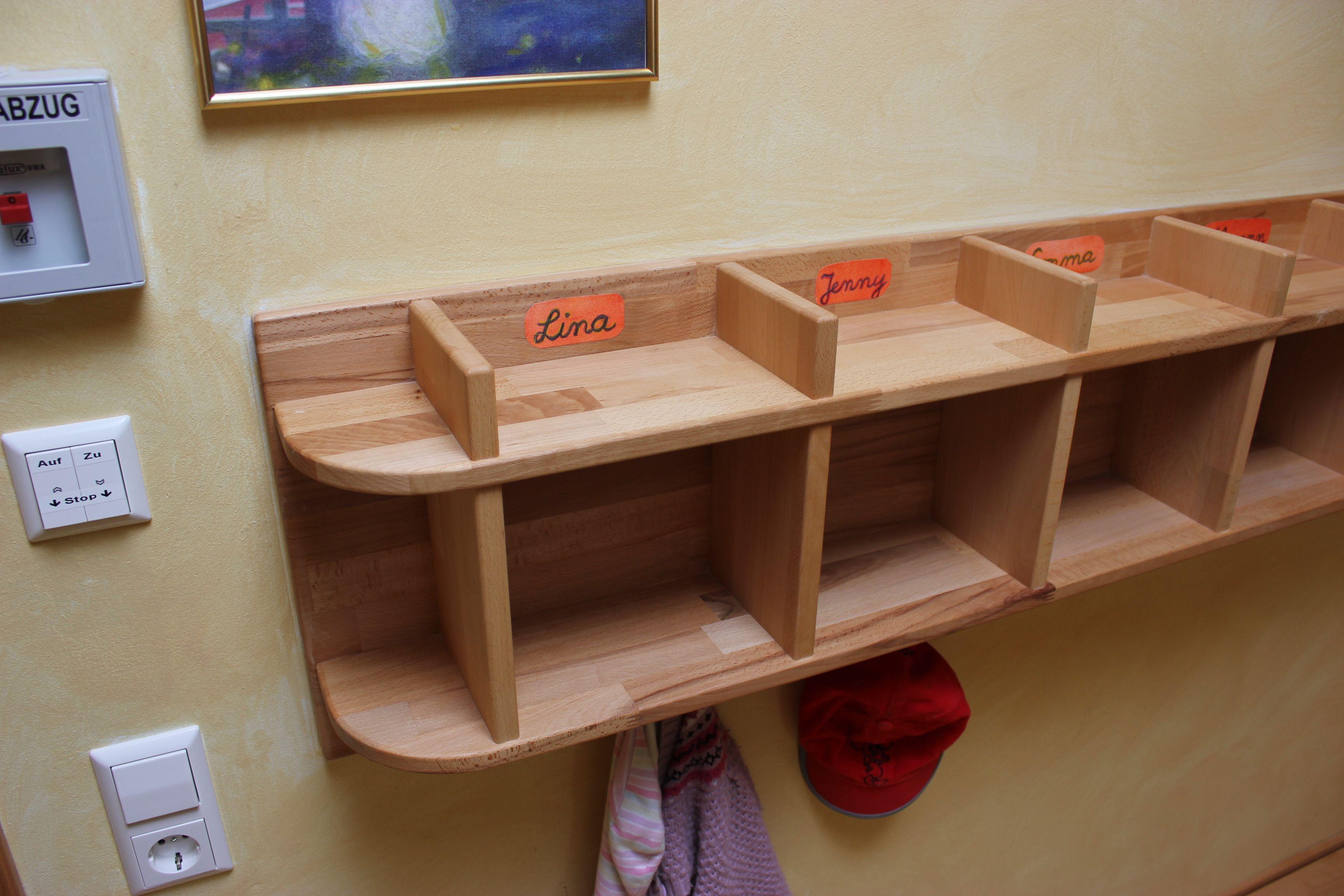 Garderobe, Kindergarten Garderobe. Kindergarten Innenausbau ...
