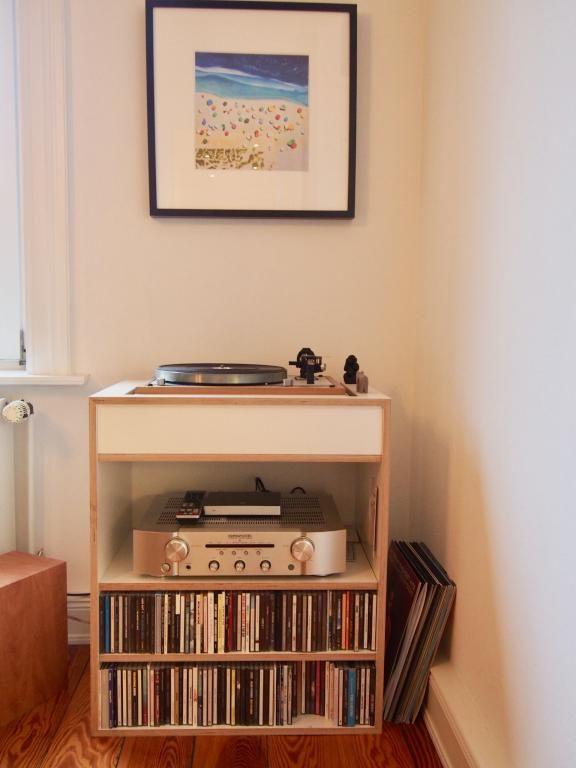 Einrichtungsdetail Ess Wohnzimmer CD Regal Mit Anlage Und Plattenspieler In Hamburg Eimsbttel