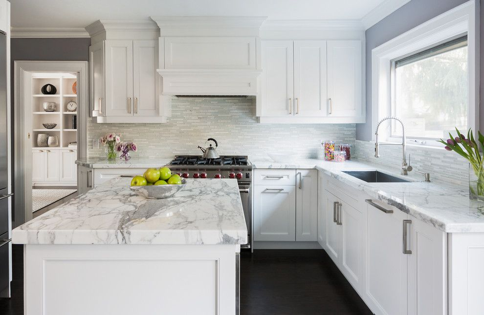 Hood Statuario Marble White Cabinets White Drawers White