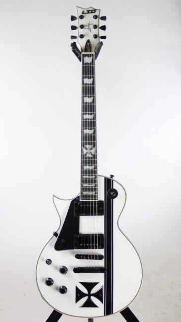 left handed esp ltd iron cross snow white james hetfield electric guitar w case esp guitars. Black Bedroom Furniture Sets. Home Design Ideas