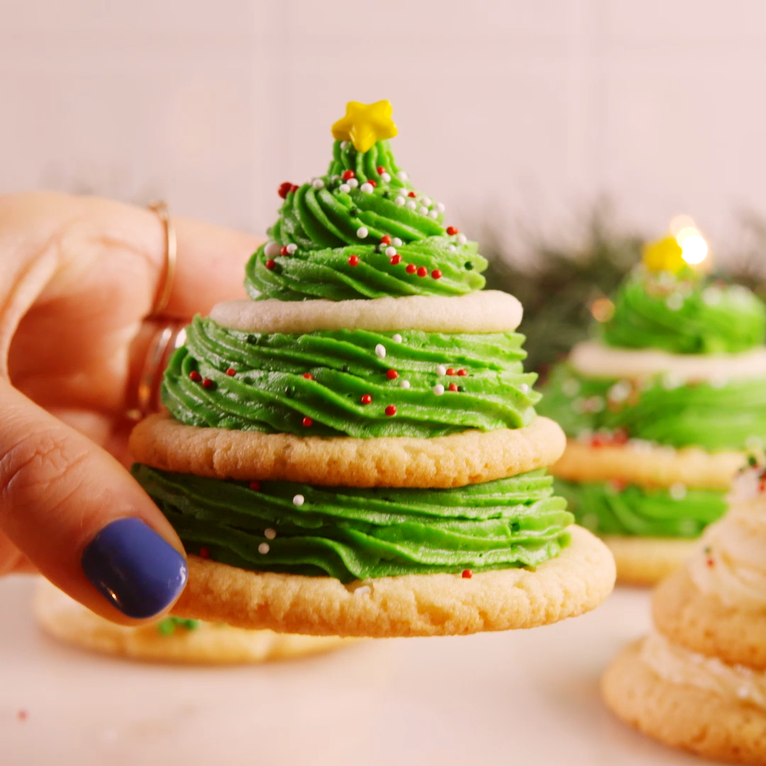 Turning sugar cookies into Christmas trees is actually way easier than you think Get the recipe at  267260559123875773