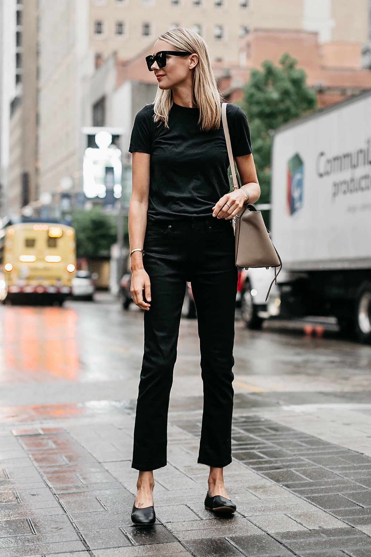3977e03ad0c4 Blonde Woman Wearing Everlane Black Tshirt Everlane Black Boyfriend Jeans  Everlane Black Day Glove Flats Fashion Jackson Dallas Blogger Fashion  Blogger ...