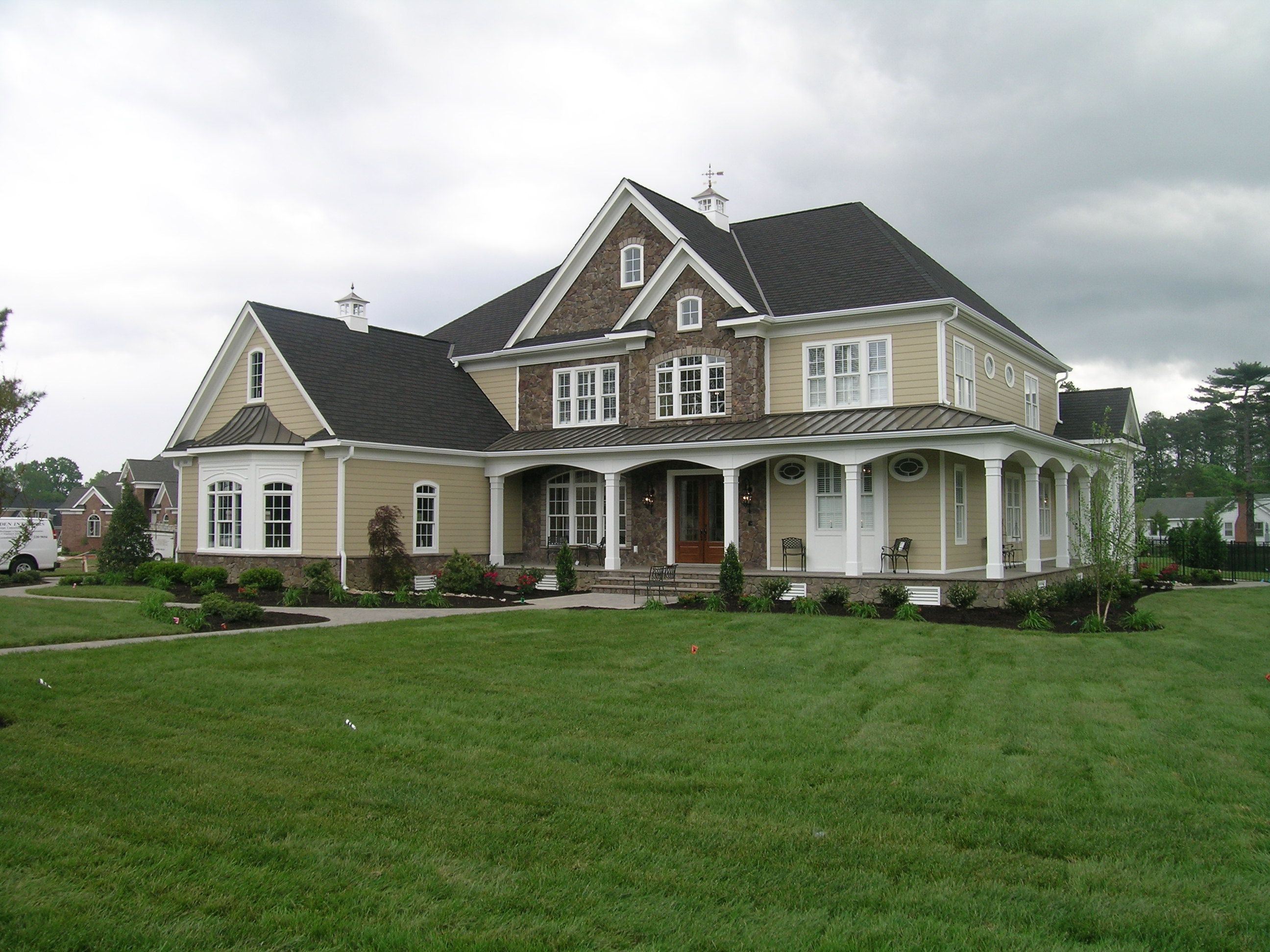 I think I would love this in stucco and stacked stone and out in the ... for Most Beautiful Farm Houses In The World  545xkb