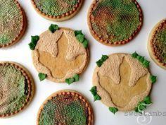 Dinosaur Cookies tutorial by Sweetambs
