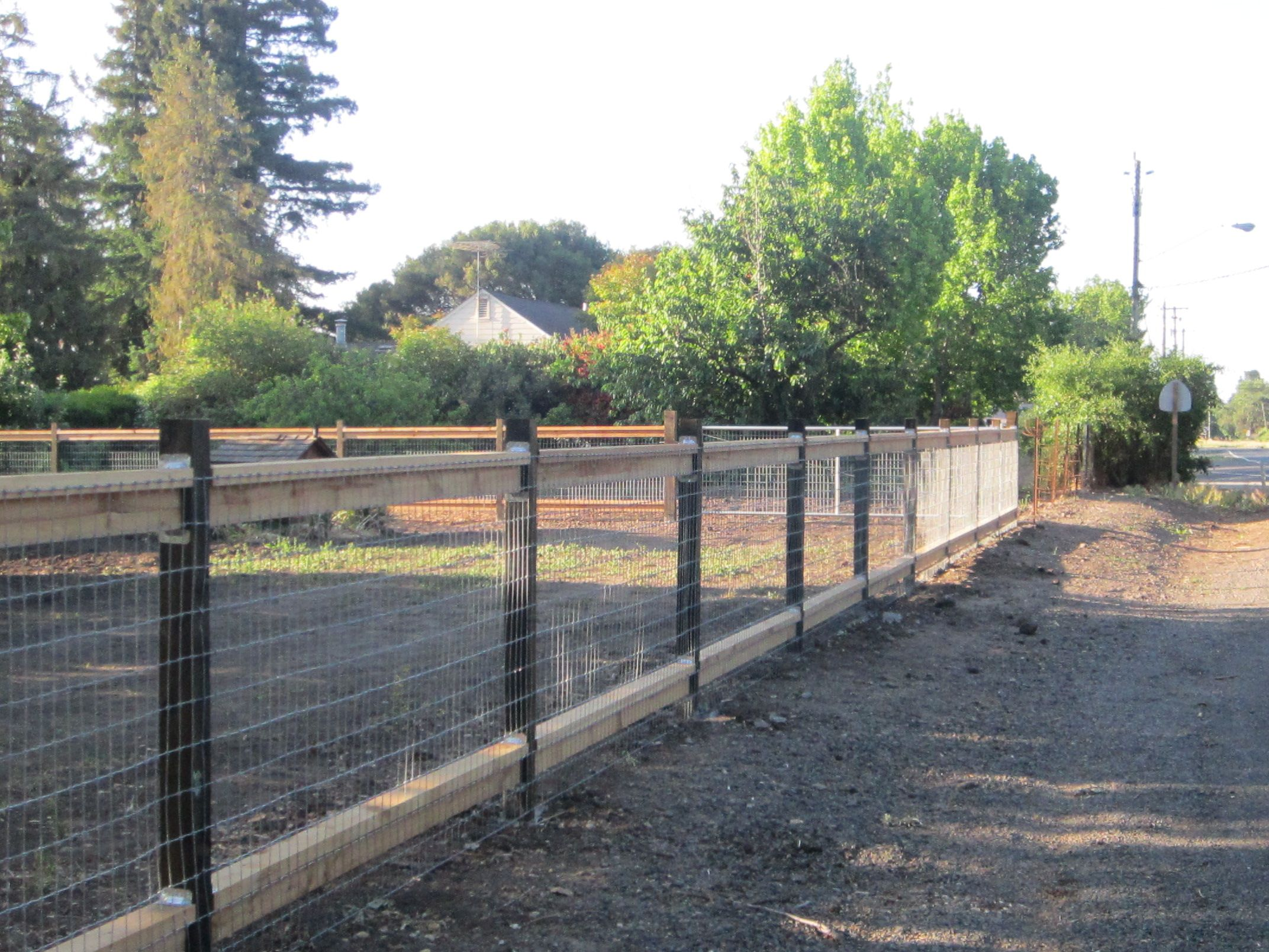 Wire Fence With Top And Bottom Rails Pasture Fencing