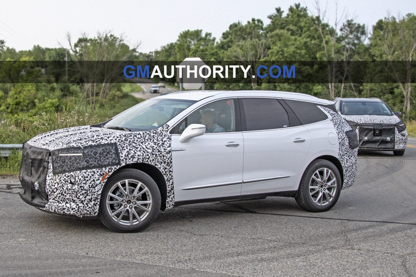 The Upcoming 2021 Buick Enclave Has Been Spied Testing And Some Changes Are Happening From The Very First Seen Pictures The In 2020 Buick Enclave Buick Buick Encore