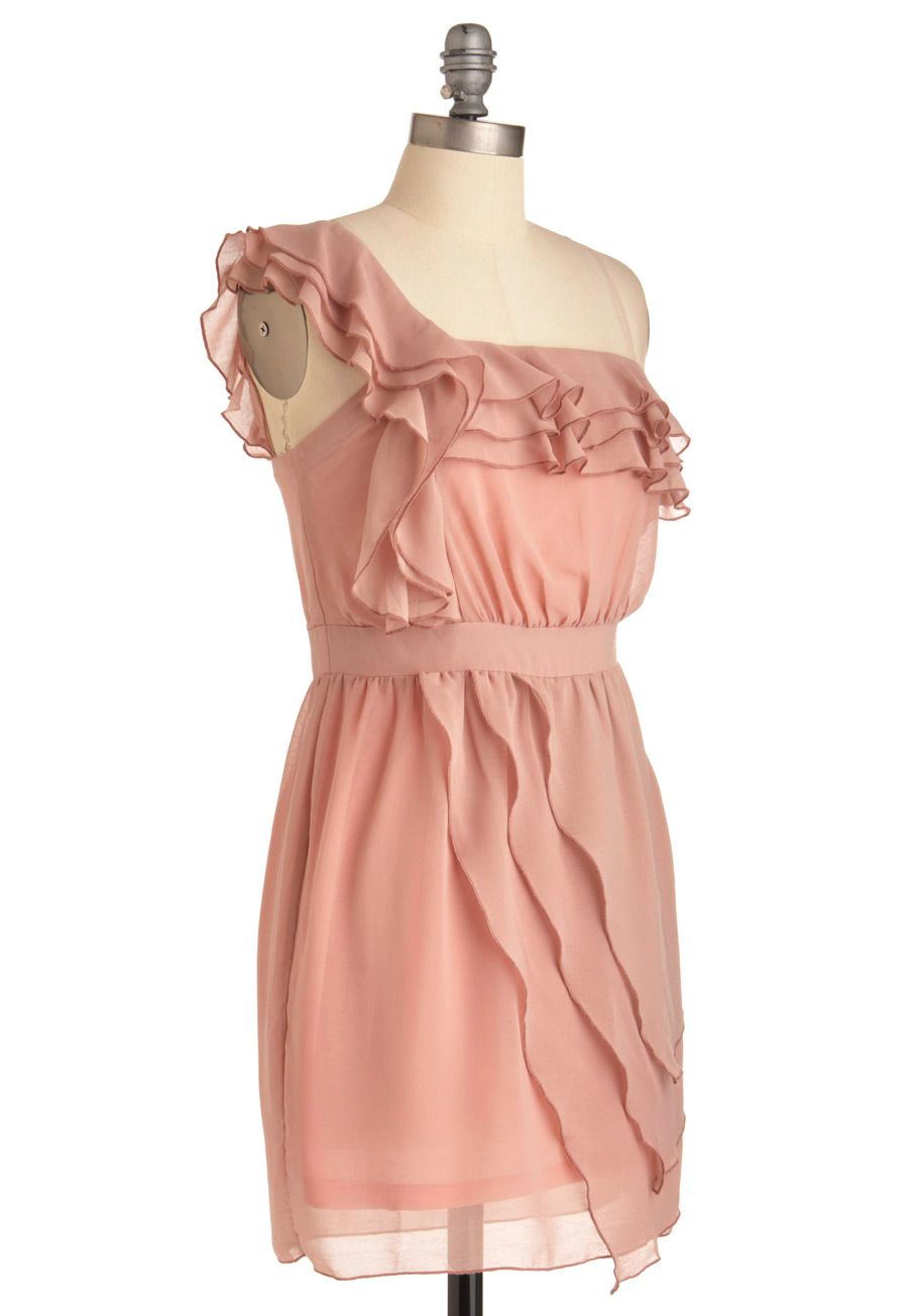 Love love this dress wish it had better reviews (and