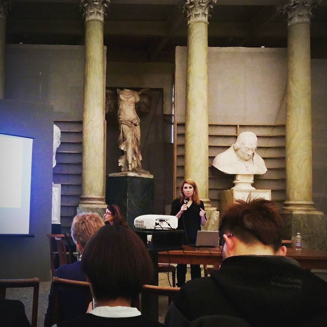 Shurooq Amin presenting on #women #art and#power at #brera #academy of#arts in #milano #italy  #kuwait #gender #arab #islamic
