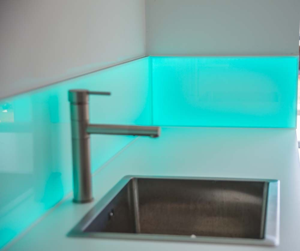 Colour Kitchen Led Splashbacks Lighted Splashbacks Or Illuminated Splashbacks