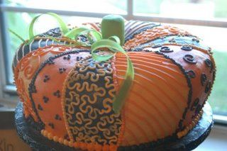 Super cute fall cake.