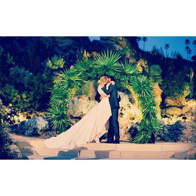 Pin for Later: Die 27 unvergesslichsten Promi-Hochzeiten von 2015 Whitney Port und Tim Rosenman Der Reality-TV-Star aus The Hills ehelichte ihren Langzeit-Freund, Tim Rosenman, im November vor einer traumhaften Kulisse in Palms Springs.