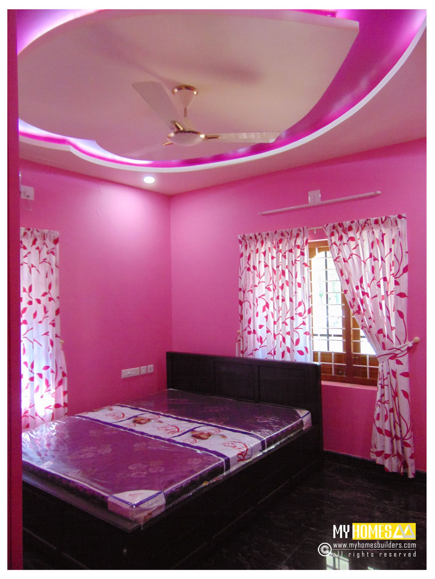 Kerala bedroom interior designs best bed room interior for Bedroom painting ideas india