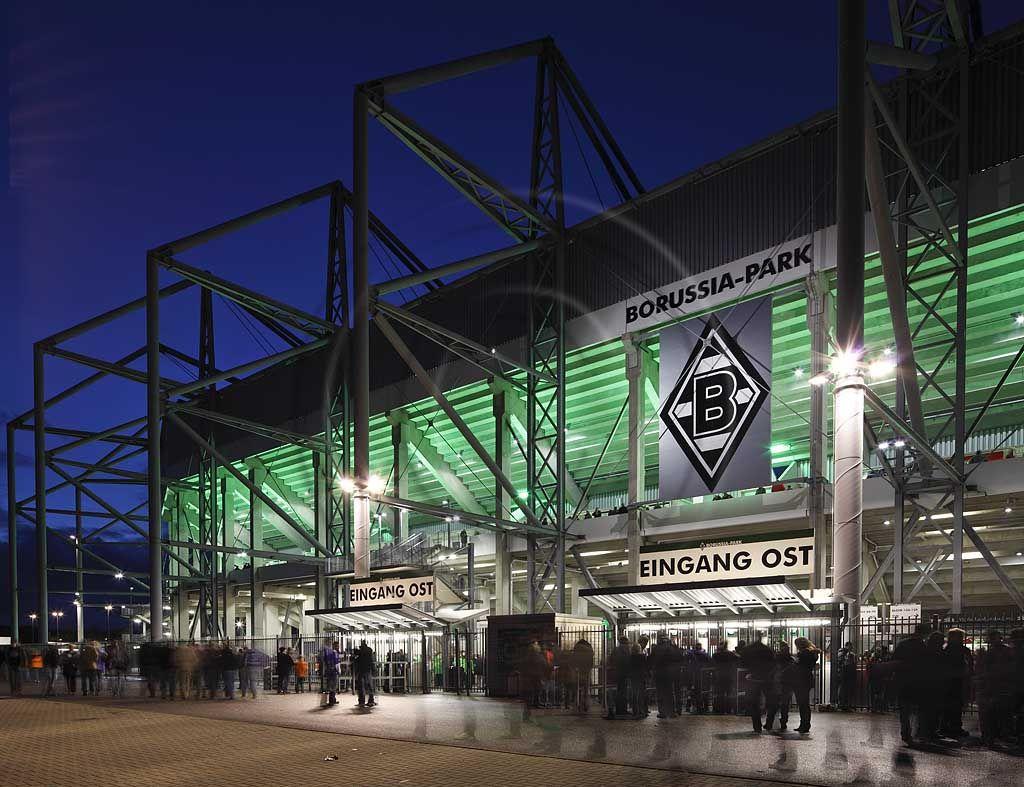 Borussiamonchengladbach Das Stadion Im Borussia Park Im Nordpark Ist Das Vereinseigene Fussballs Borussia Borussia Monchengladbach Vfl Borussia Monchengladbach