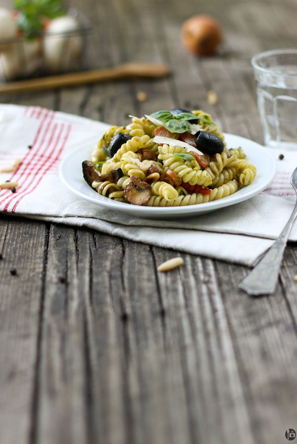Fresh Basil Pesto and Vegetable Pasta | A Spoonful of Photography