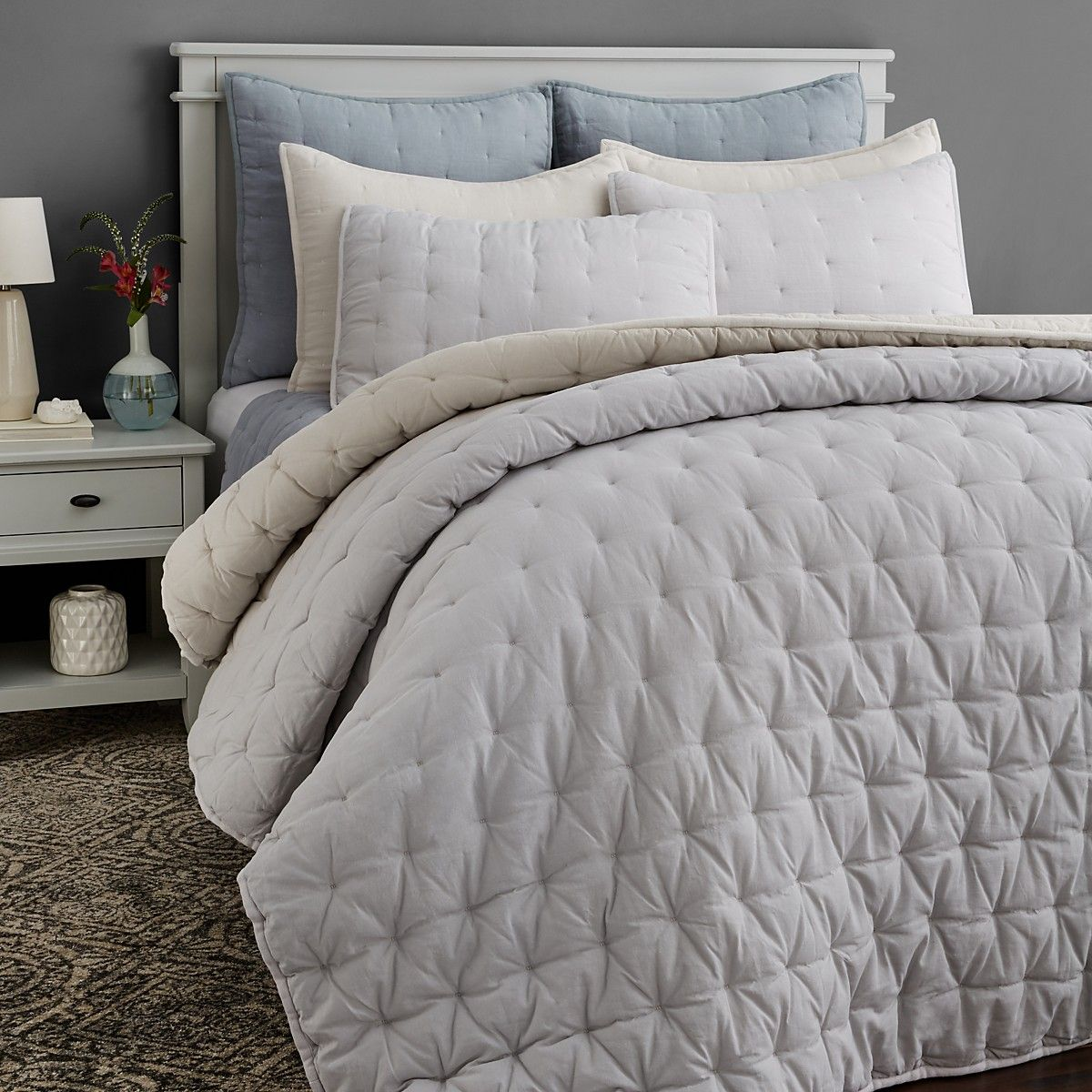 ugg® lofty linen collection  east hills  master bedding  - ugg® lofty linen collection comforterbeddingexterior designlinens