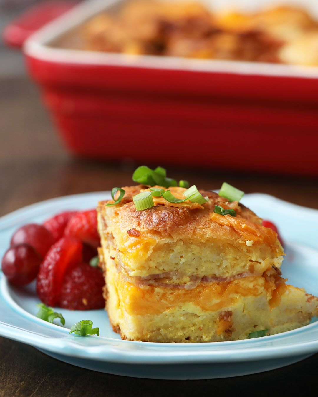 recipe: bacon egg and cheese biscuit bake tasty [38]