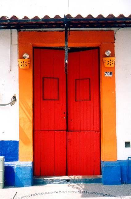 Cambiar El Color De Tus Puertas Doors Storefronts Puertas