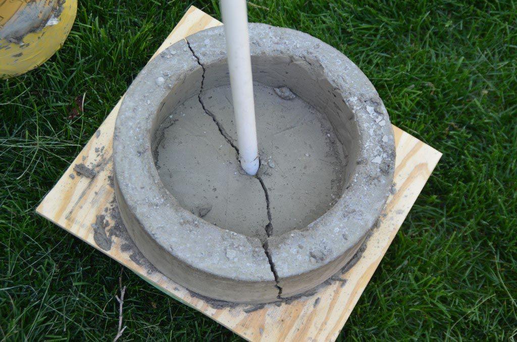 Make This Diy Concrete Sphere Fountain Diy Water Fountain Diy Fountain Concrete Fountains