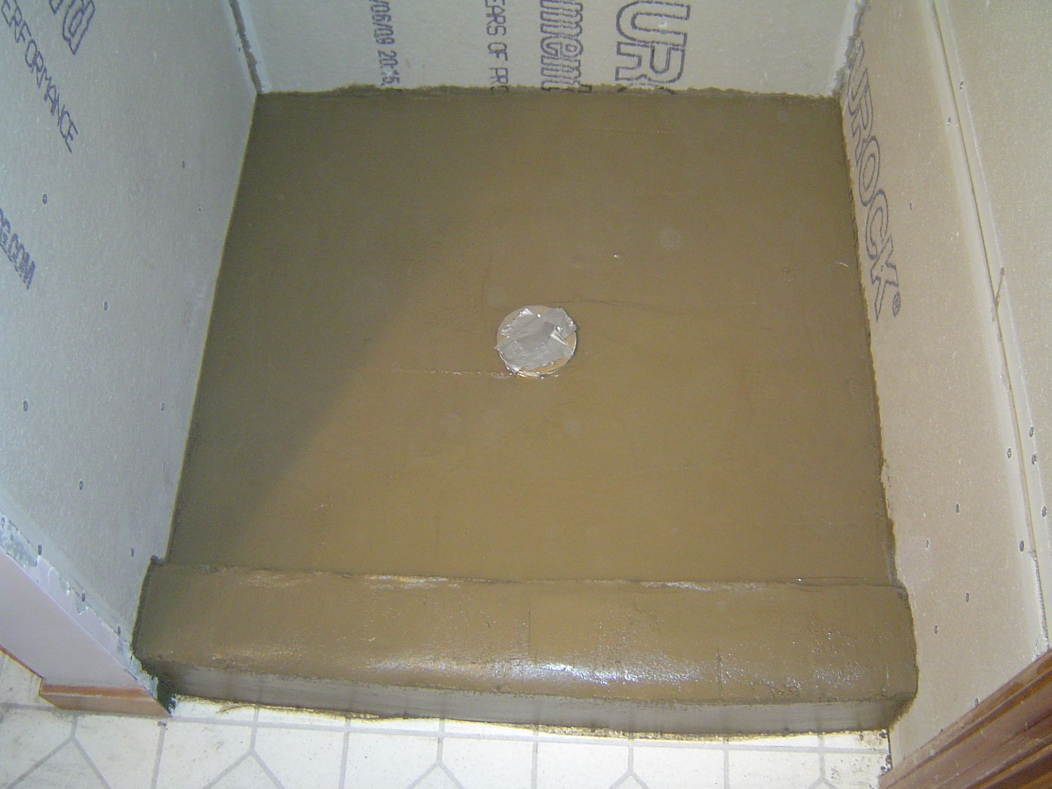 Learn How To Build Your Own Mortar Shower Pan For A Custom Tile
