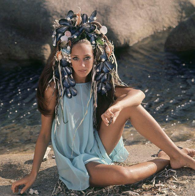 Marisa Berenson with shell hair.