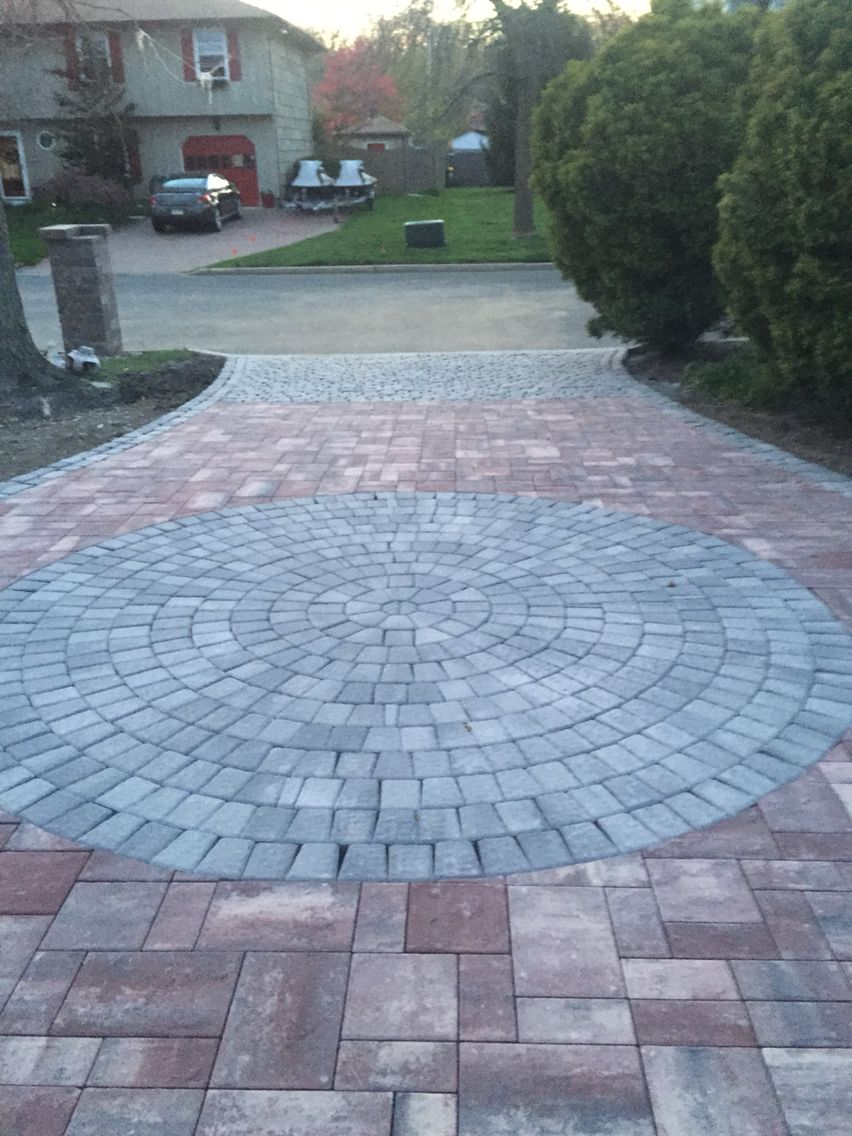 Cambridge River Rock blend with onyx circle and cobblestone on end ...