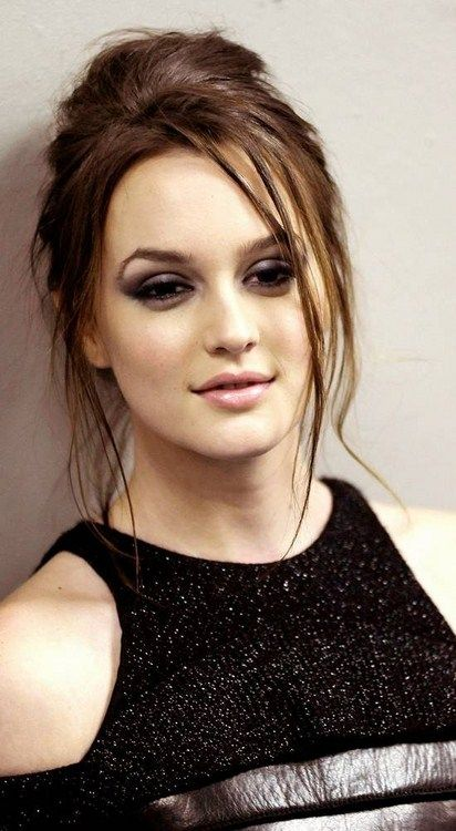 Pin By Joceanne Yuri Toma Cerizza On Beauty And Hair Leighton Meester Beautiful Girl Face Celebrity Hairstyles