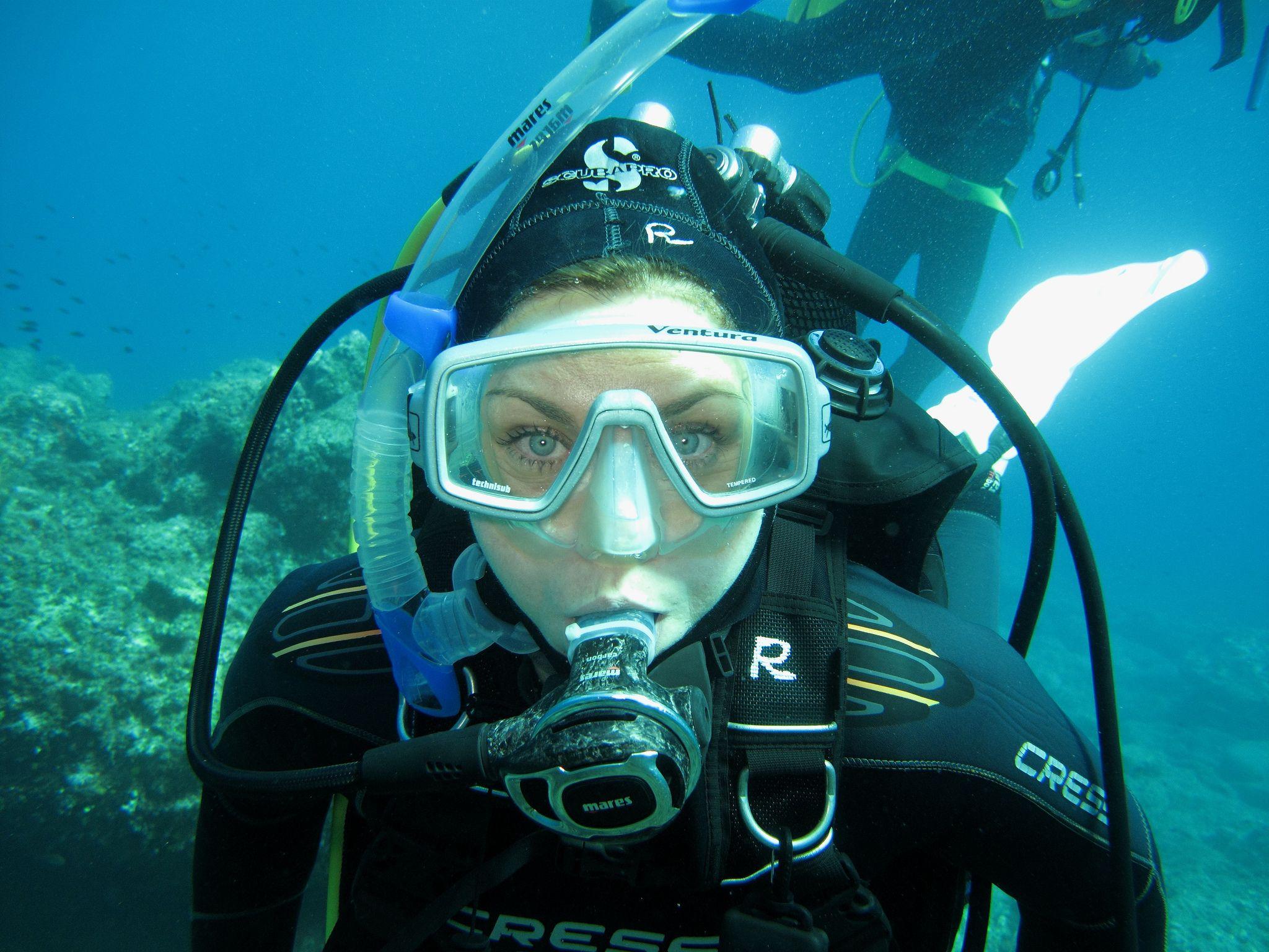 Girl scuba — 2