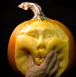 If you haven't carved a pumpkin in a while, you might want to take some tips from Ray Villafane, pumpkin carver extraordinaire. Elaborate carvings mark these pumpkins as far from ordinary, as Ray's fine craftwork turns each one of his subjects into an autumnal masterpiece. #GraphicDesign