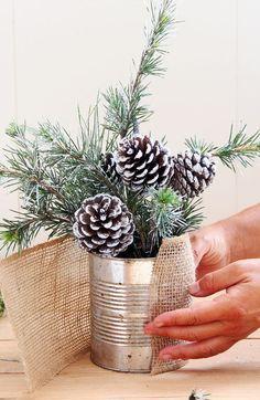 Detalles navideños con estilo rústico. Detalles para la mesa de Nochebuena. #mesanavidad #mesanochebuena #deconavideña #navidadrustica #estiloydeco