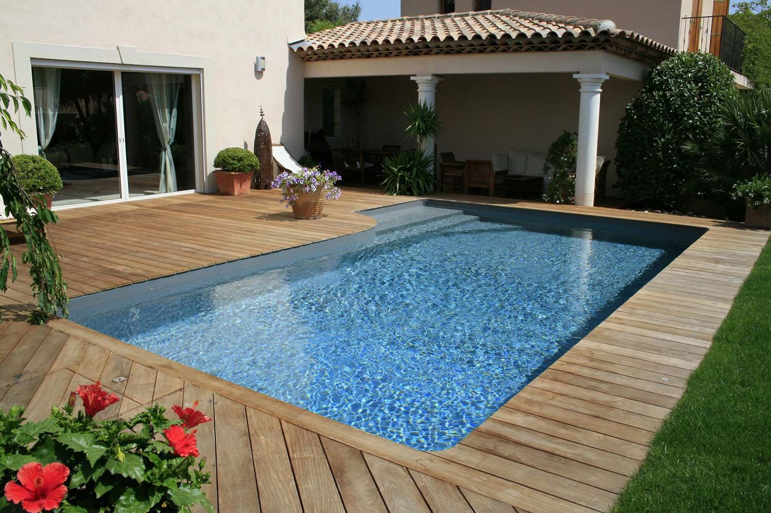 Paradis aquatique for Piscine desjoyaux