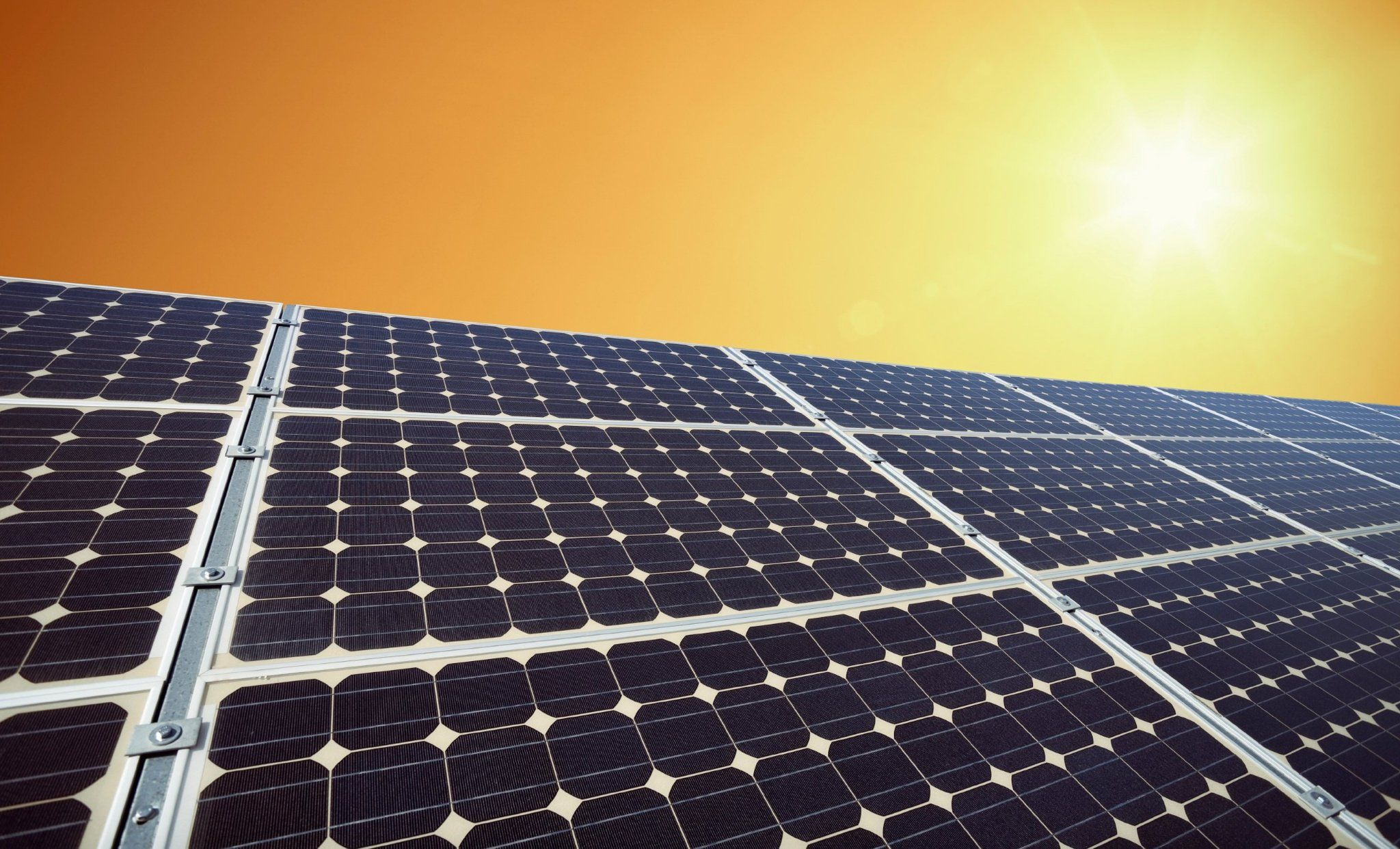Amazon To Add Solar Panels To Dozens Of Fulfillment Centers With Images Solar